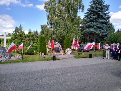 Pomnik Pamięci Ofiar Ludobójstwa na Kresach w Dzierżoniowie